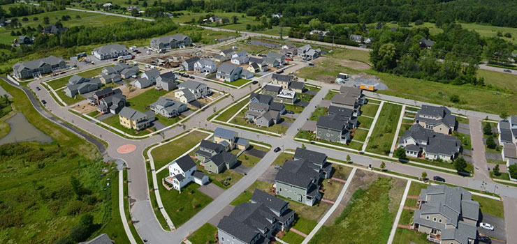 How to Compare Neighborhoods When Building a New Vermont Home